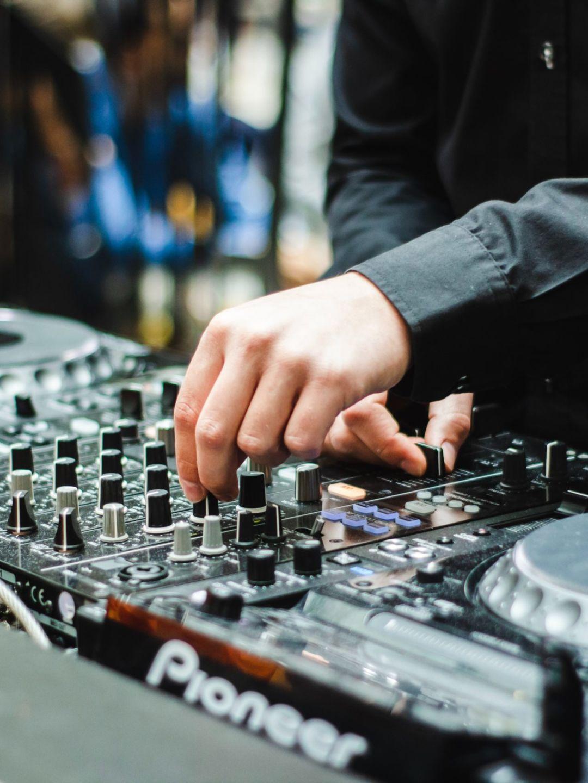 DJ Worden